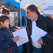 Franck Daumas interview un jeune participant